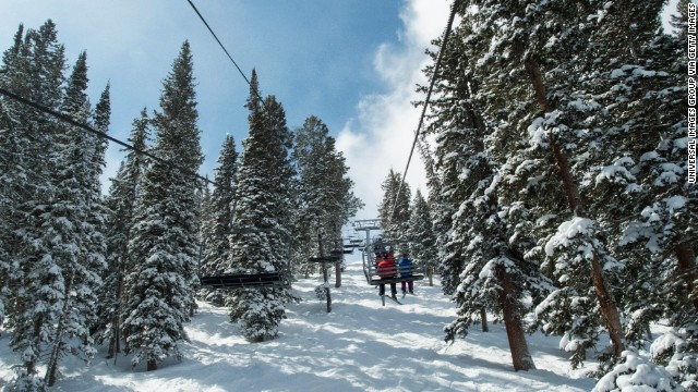 Consider transforming your Thanksgiving holiday with a skiing vacation on the Utah slopes.