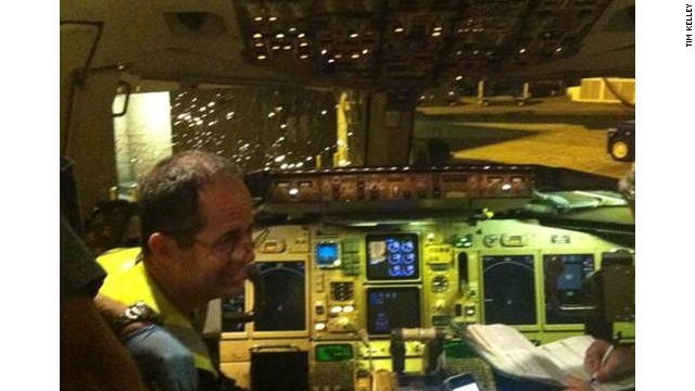 Pilot made an emergency landing in Orlando after a windshield cracked.