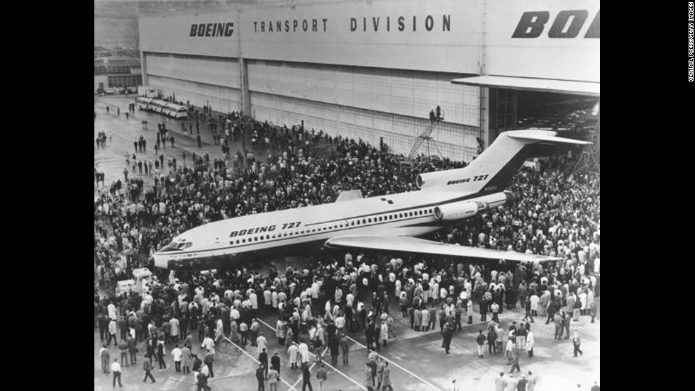 Crowds gather for the first viewing of the Boeing 727 jet airliner in Seattle in December 1962. The aircraft's first flight would take place on February 9, 1963.