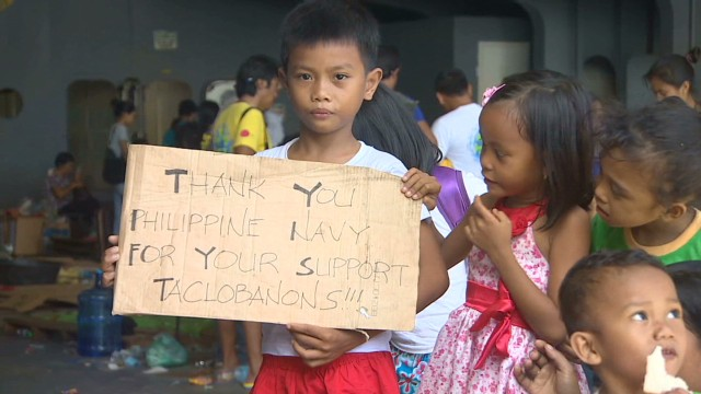 Storm survivors arrive in Cebu