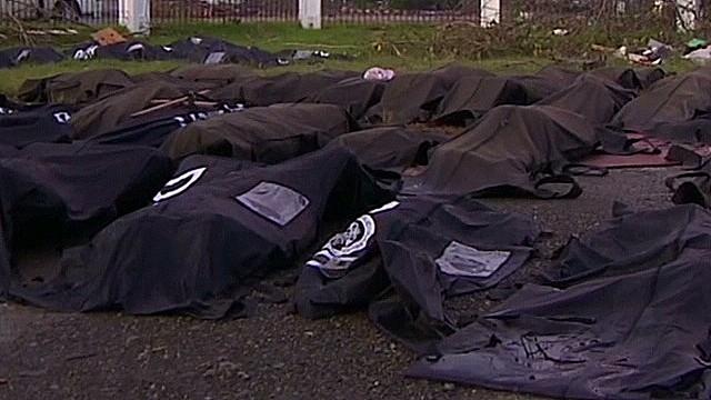 npw.tacloban.mass.graves_00001502.jpg