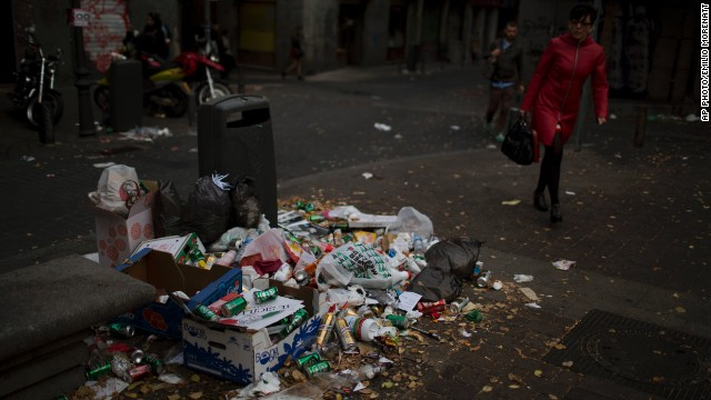 Madrid trash strike piles on