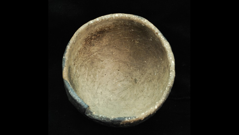 AD 100-1500: Pasco Plain pottery appears in the Woodland through Mississippian periods. This one is the only known fully intact Pasco Plain bowl to be recovered in Florida. The Woodland period is characterized by a mixed subsistence pattern consisting of hunting, fishing and collecting wild resources. Mississippian period subsistence consisted largely of estuarine fish and shellfish. Artifacts from both periods include pottery, stone tools and bone tools.