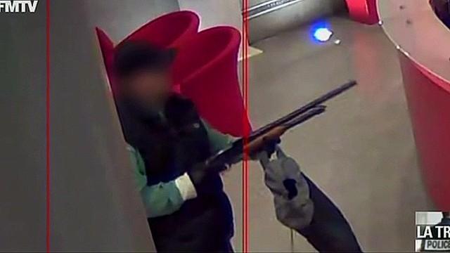 Paris gunman surveillance video_00002612.jpg