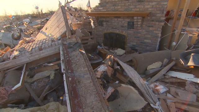 nat pkg il tornado survivor_00003624.jpg