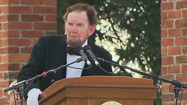 'Lincoln' delivers Gettysburg Address