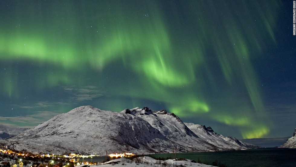 "NASA experts believe solar activity will reach its peak in December, making this the best month to view Northern Lights. Visitors to Northern Norway stand the most chance of spotting them, thanks to lack of light pollution and dry weather. <strong>More: <a href=""http://edition.cnn.com/2013/11/20/travel/best-northern-lights/index.html""><strong></strong>Spotlight on best Northern Light spots</a></strong>"
