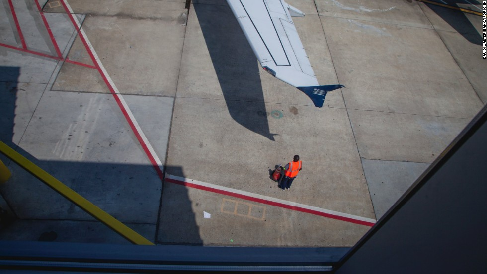 A view out the window on the upper level of Concourse D.