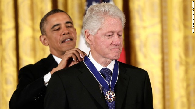 Obama awards Medal of Freedom to Clinton