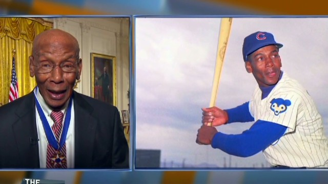 Ernie Banks gave Obama Robinson's bat