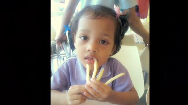 cnnee penhaul philippine angel story_00005429.jpg