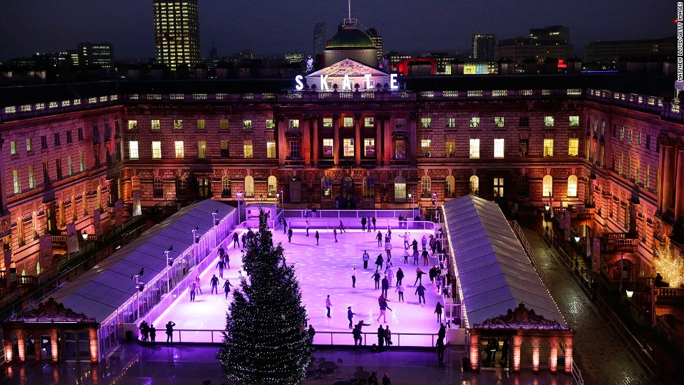 You only get an hour of skating in the 18th-century courtyard, but it's one you won't forget. Ever had champagne and chocolates while you skate? You can here. The rink turns into a dance floor during Club Nights with live DJs.