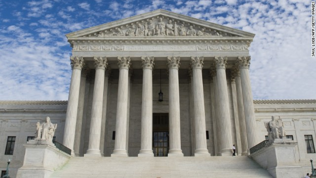 The US Supreme Court has been asked by Utah officials to immediately block enforcement of a ruling allowing same-sex marriage in the state.