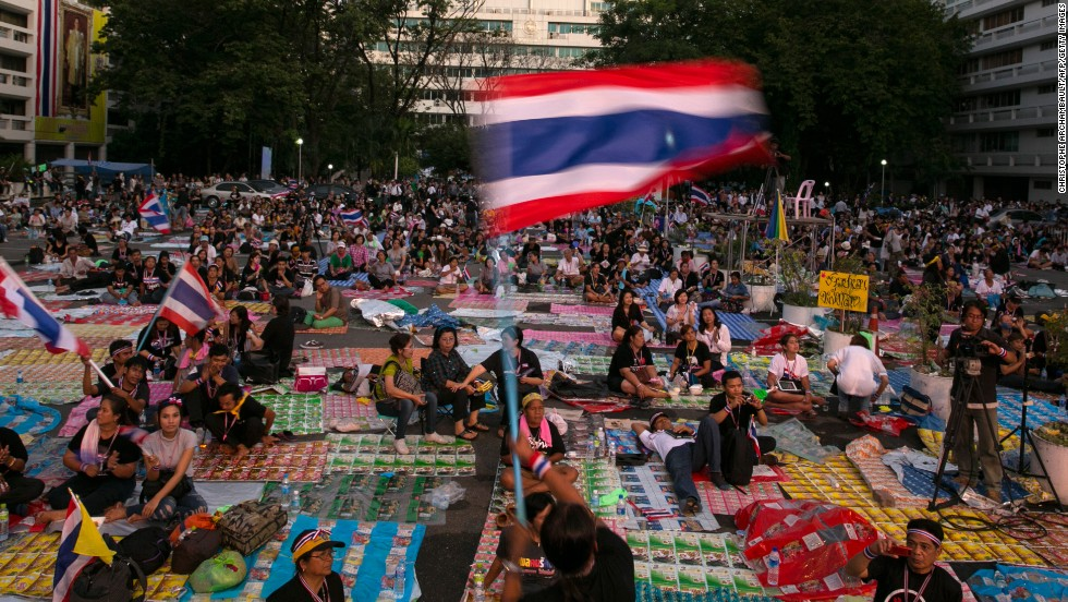 Thousands of anti-government protesters occupy the Finance ministry for a third day in a bid to oust the current government of Yingluck Shinawatra on November 27, 2013 in Bangkok, Thailand.