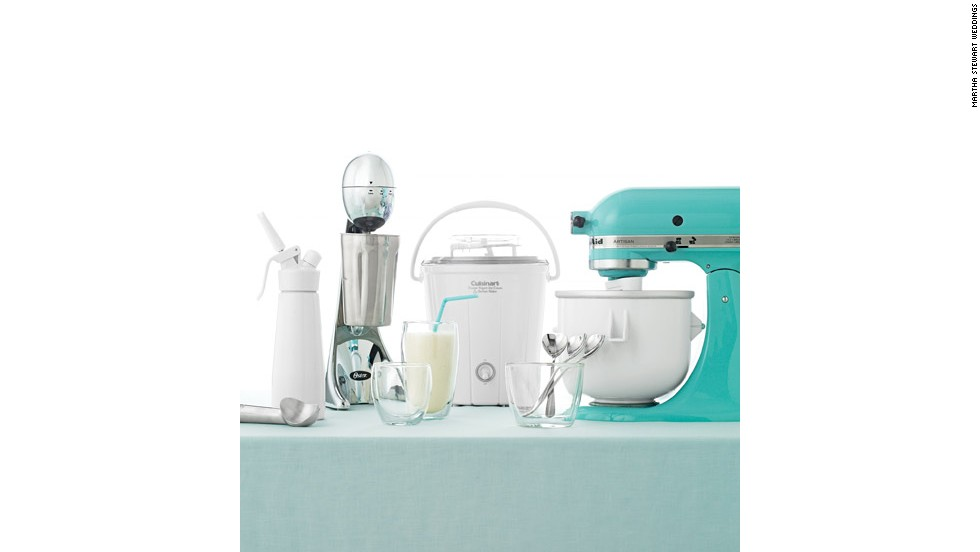 3. Blenders are great, but do you need more than one? A registry helps cut down on duplicates.