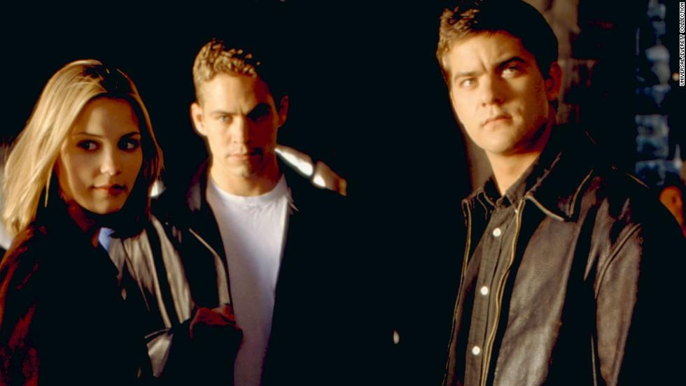 "Walker, center, appeared in ""Skulls"" with Leslie Bibb and Joshua Jackson in 2000."