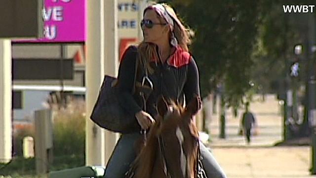 ac Ridiculist Virginia woman rides horse to DMV_00010013.jpg