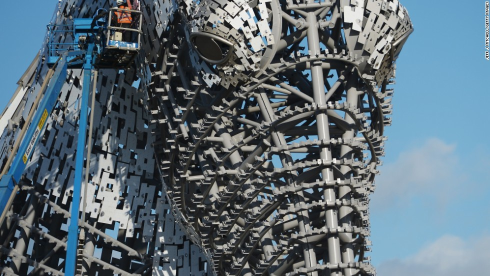 "Over six kilometers of steel was used to construct the sculptures, with 10,000 special fixings used to secure the outside ""skin"" of each horses head."