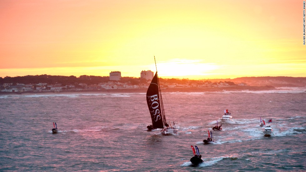 The world's leading yachtsmen marvel at the often glorious skyline on their various solo voyages -- here the sun sets on British skipper Alex Thomson.