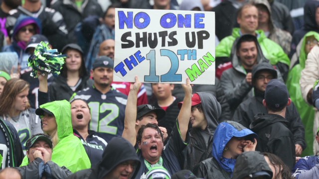 azuz seahawks fans cause earthquake_00001922.jpg