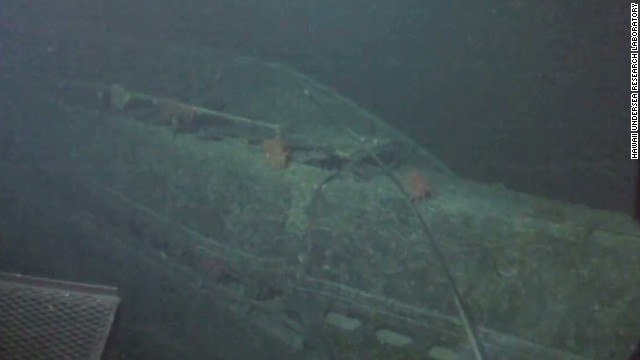raw japanese submarine discovered near hawaii_00003106.jpg