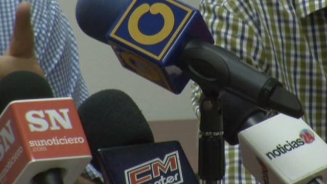 cnnee hernandez venezuela unbalanced media_00020407.jpg