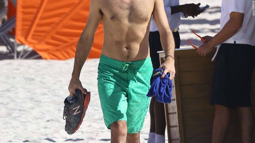 "Adrian Grenier, sans ""Entourage,"" soaks up the sun in Miami on December 6."