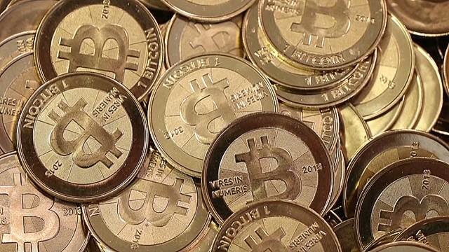 erin dnt tapper bitcoin_00001726.jpg