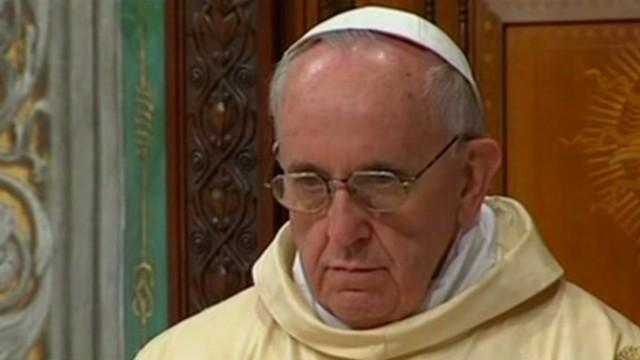 intv.beck.pope.poty_00050204.jpg