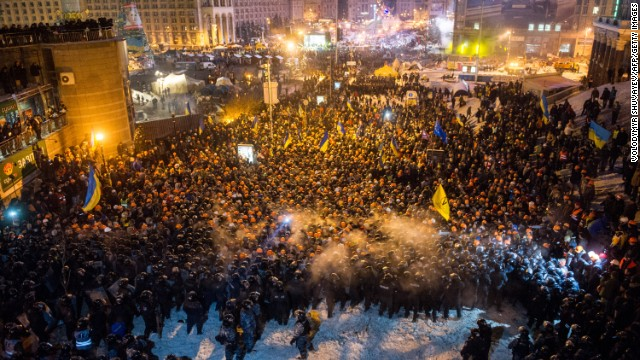 Ukraine battle over barricades