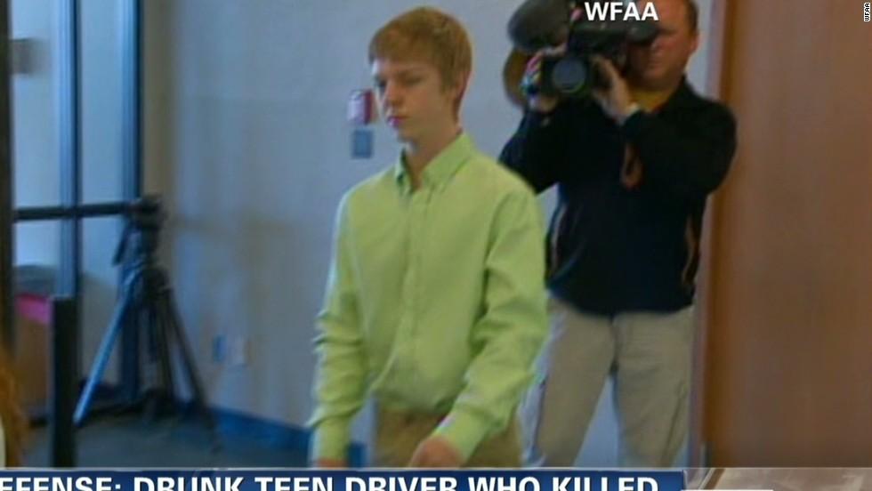 Texas authorities seek teen who invoked 'affluenza' defense   View ...