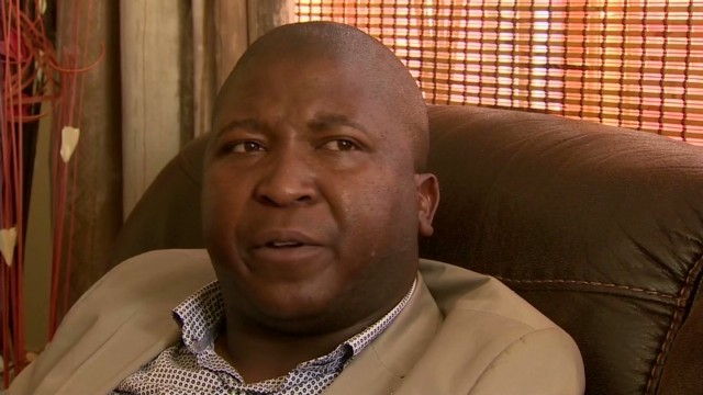 'Fake' interpreter rejects criticism