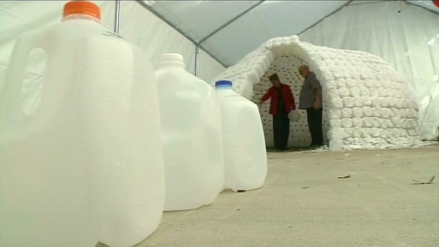 dnt ca couple builds milk jug igloo_00000606.jpg