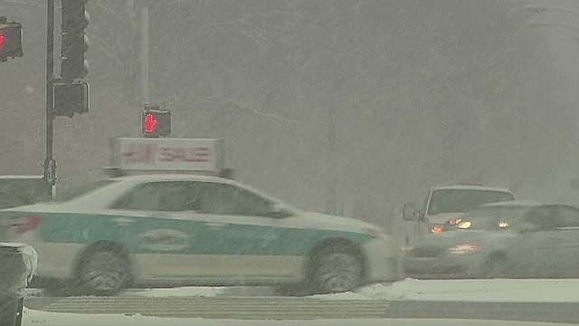 1,000-mile snowstorm hits East Coast