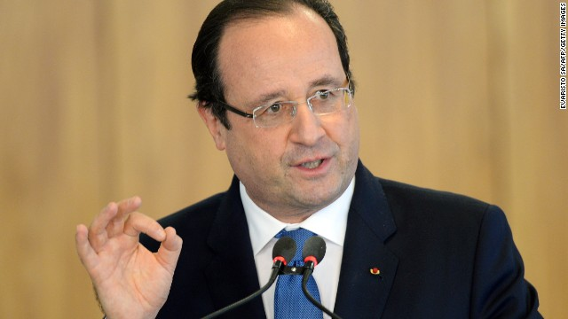Hollande faces the media
