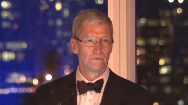 Apple CEO stands up for equal rights