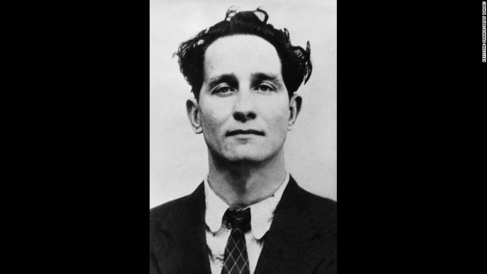 """Great Train Robber"" <a href=""http://www.cnn.com/2013/12/18/world/europe/uk-ronnie-biggs-death/index.html"" target=""_blank"">Ronnie Biggs </a>-- one of the most notorious British criminals of the 20th century -- has died, his publisher told CNN on December 18. He was 84."