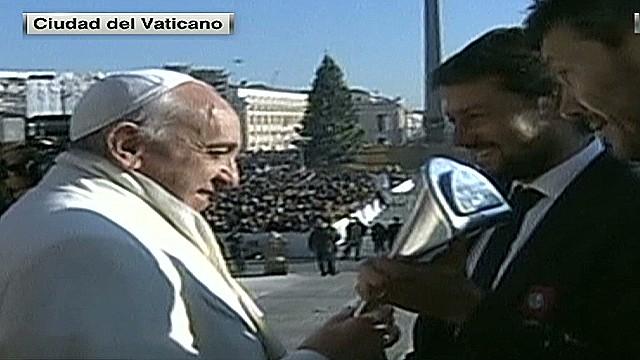cnnee perez vatican francisco and san lorenzo_00004924.jpg