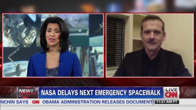exp NASA delays emergency spacewalk _00005204.jpg