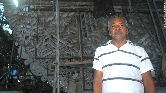 Ernesto 'Erning' David Quiwa, great-grandson of Francisco Estanislao, the first known parol-maker.