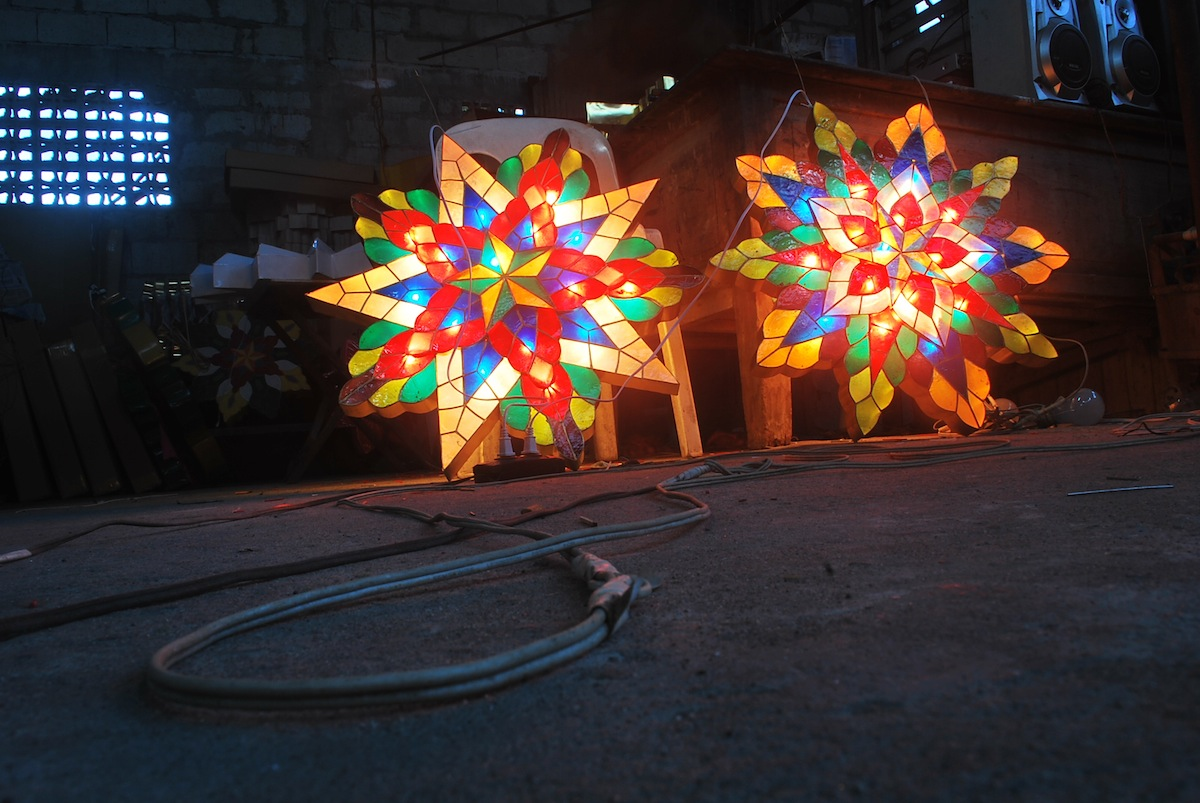 Filipino parol for sale in america - San Fernando Philippines Home Of The Giant Christmas Lantern Cnn Travel