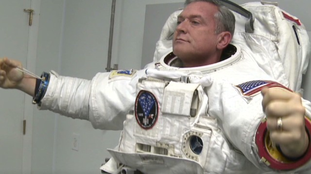 nr sanchez lab legacy spacesuit for the stars_00004209.jpg