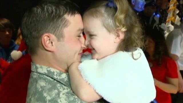 dnt military couple christmas surprise_00011502.jpg