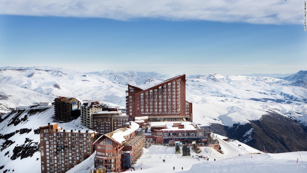 Adrenalina can be found at Chile's gorgeous Valle Nevado resort. Located on the Cima Ancla peak, the run is a great option for experts looking for an adrenaline boost -- as the name suggests.