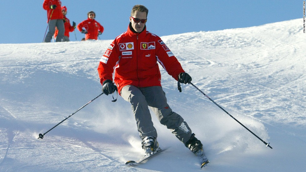 "Schumacher skiing at the Madonna di Campiglio resort in 2005. <a href=""http://cnn.com/2013/01/14/sport/skiing-risks-deaths-injuries/index.html"">Langran said</a> fatalities in the sport are relatively low: ""The rate of fatality converts to 0.78 per million skier/snowboarder visits. Although it's not directly comparable, in the United States in 2009, 2,400 people drowned while swimming in public areas and 800 died while bicycle riding."" <br />"