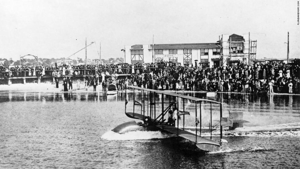 The first commercial flight in history took place on January 1, 1914, when Tony Jannus piloted a two-seat Benoist XIV from St. Petersburg, Florida, to Tampa, Florida. Jannus and his lone passenger, former St. Petersburg mayor Abram Pheil, traveled 21 miles in 23 minutes. Pheil bid $400 to be the passenger.