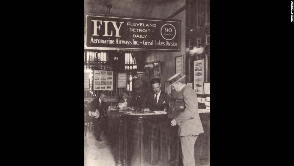 In 1922, Aeromarine Airways established the first airline ticketing office in the United States.