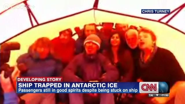 Antarctica Crew LL_00003809.jpg