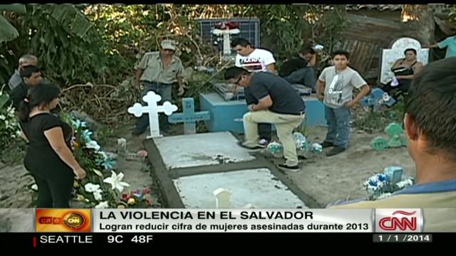 cnnee el salvador women violence_00001608.jpg