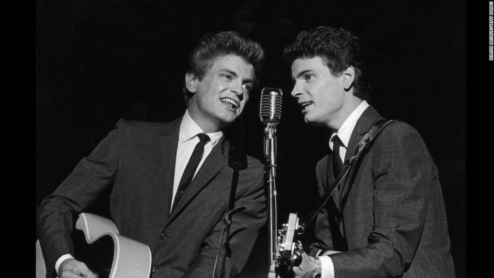 "Singer<a href=""http://www.cnn.com/2014/01/03/showbiz/singer-phil-everly-dies/index.html?hpt=hp_t1"" target=""_blank""> Phil Everly</a>, left, one half of the groundbreaking, smooth-sounding, record-setting duo the Everly Brothers. has died, a hospital spokeswoman said. He was 74."